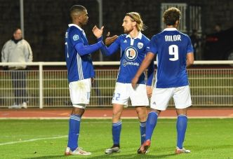 Football : l'US Avranches encore plus près de la Ligue 2 !