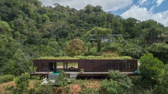 Art Villa Costa Rica, incroyable maison qui se fond littéralement dans la jungle par Formafatal
