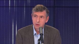 "VIDEO. Covid-19 : ""On n'a plus le choix, il faudrait reconfiner"", alerte le professeur Eric Caumes"