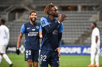Ligue 2 : « j'ai envie de rendre la confiance que m'a accordée le Paris FC », assure Charles Boli