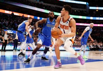 NBA : Devin Booker remplace Anthony Davis pour le All Star Game 2021