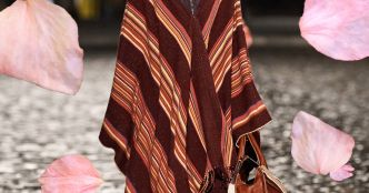 Fashion Week : poncho devant !