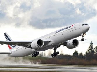 Air France : Papeete, Madagascar et la foudre