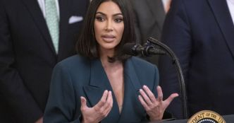 Kim Kardashian : La future avocate révise en string, ses followers adorent !