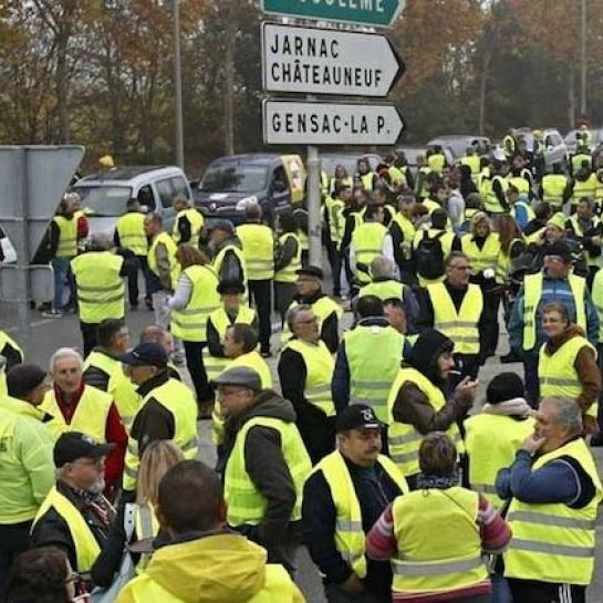 Gilets jaunes  : un week-end de forte mobilisation, terni par des incidents, qui se poursuit